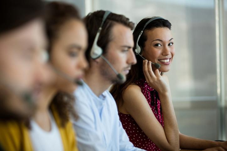 Phone presence call operator