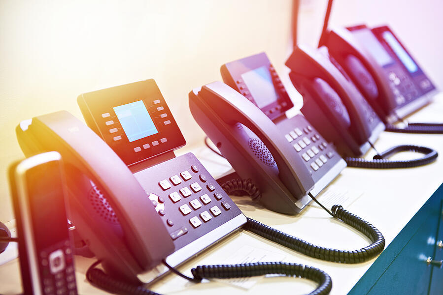 Financial service advisors can benefit from a cloud phone system