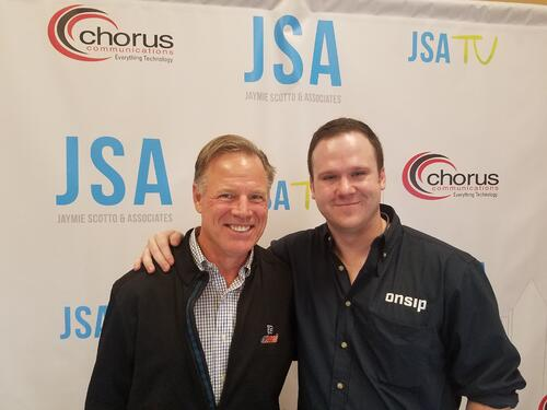 Mike Curtin of OnSIP meets hockey legend Brian Propp at CP Evolution 2018
