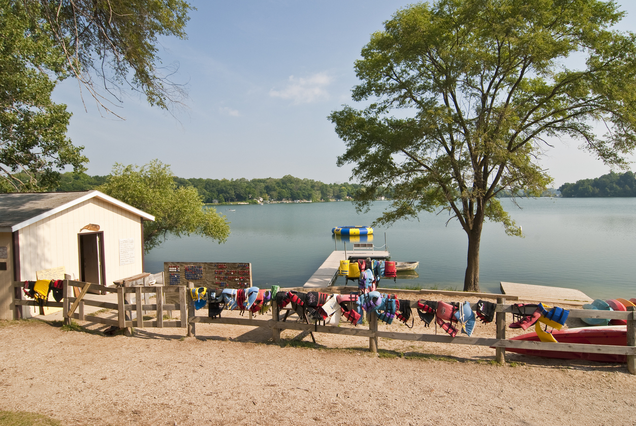 A seasonal business operating on a lakefront.